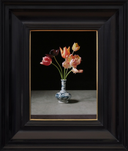 Rob and Nick Carter - RN1061, Transforming Five Tulips in a Wan-Li Vase, 2017 · © Copyright 2018