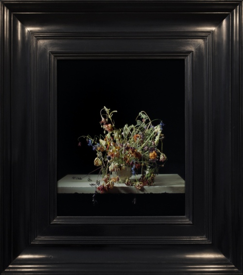 Rob and Nick Carter - RN1064, Transforming Flowers in a Vase, 2016 · © Copyright 2018